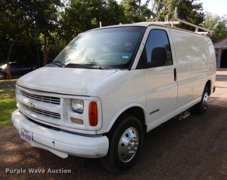 1999 Chevrolet Express 2500 Carpet Cleaning Van
