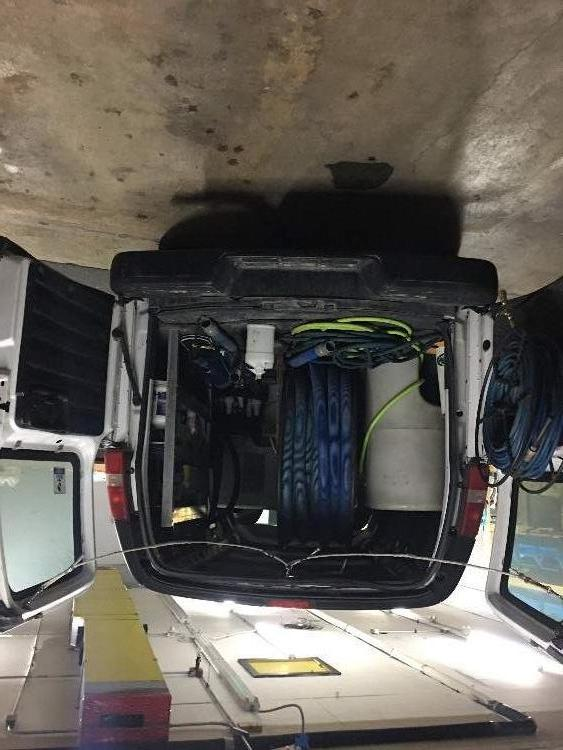 2013 Chevy Express Extended 2500  + Truckmount