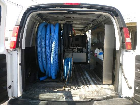 Carpet cleaning van and unit
